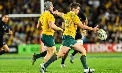 Bernard Foley kicking for the Wallabies vs All Blacks in Sydney 2016